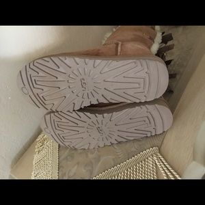 UGG Shoes - Ugg Australia womens Bailey Bow II chestnut